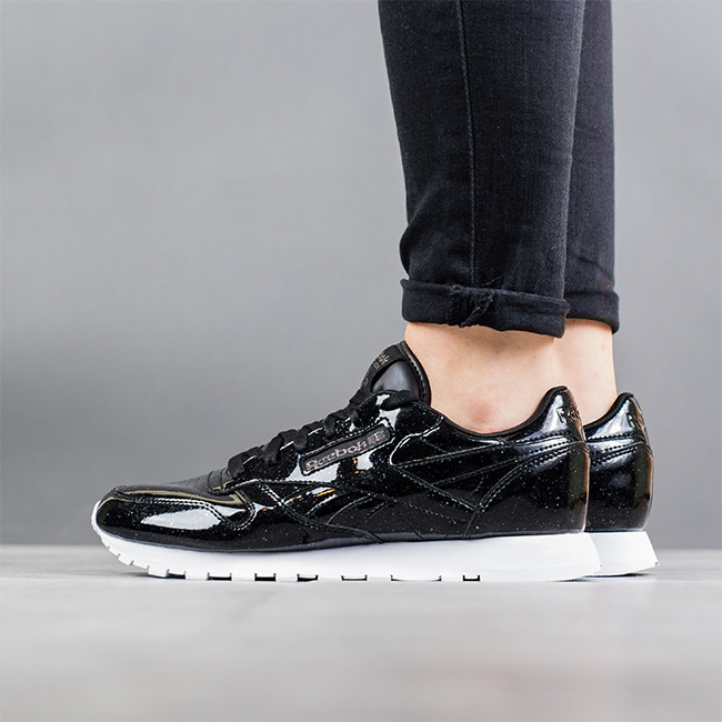 8bc79c0074399 Reebok Classics Womens Classic Leather Patent Trainers Pearl Black White