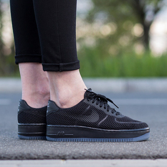women's nike black air force 1 low trainers