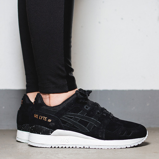 women 39 s shoes sneakers asics gel lyte iii rose gold pack h624l 9090 best shoes sneakerstudio. Black Bedroom Furniture Sets. Home Design Ideas