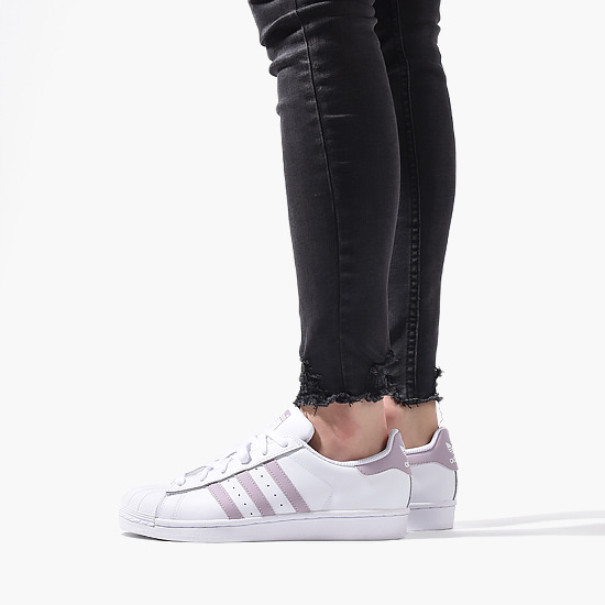 buy popular c932a 0484d Adidas Originals Superstar W DB3347 women s sneakers   SneakerStudio