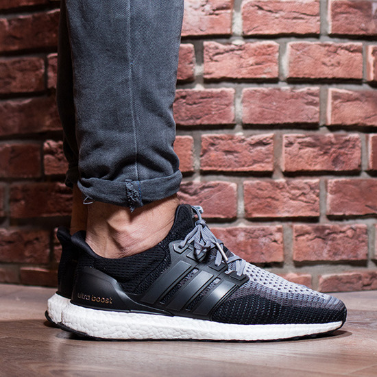 Men's Shoes sneakers adidas Ultra Boost AQ4004 ...