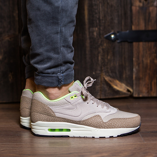 air max 1 the 6 style number