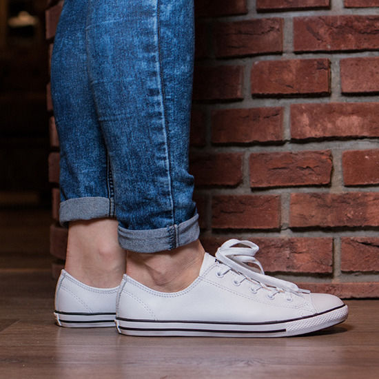 bf79c53156ccb7 Women s Shoes sneakers Converse Chuck Taylor All Star Dainty OX 537108C -  Best shoes SneakerStudio