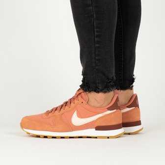 Nike Wmns Internationalist 828407 210