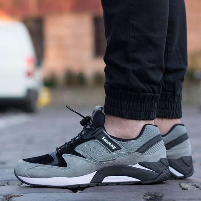 Saucony Originals Grid 9000 Mens Grey Sneakers