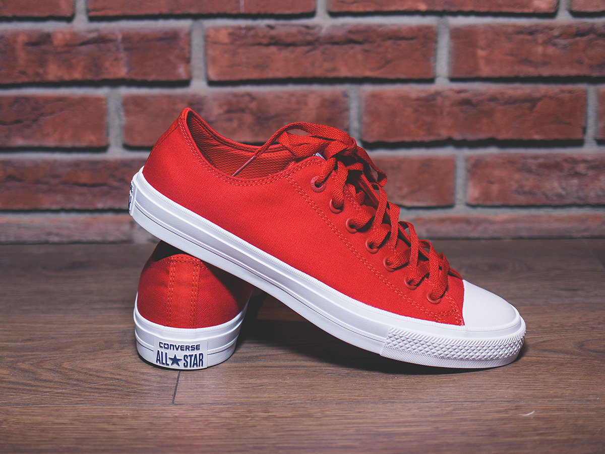 Converse Sneakers Chuck 2 Ox Salsa Red