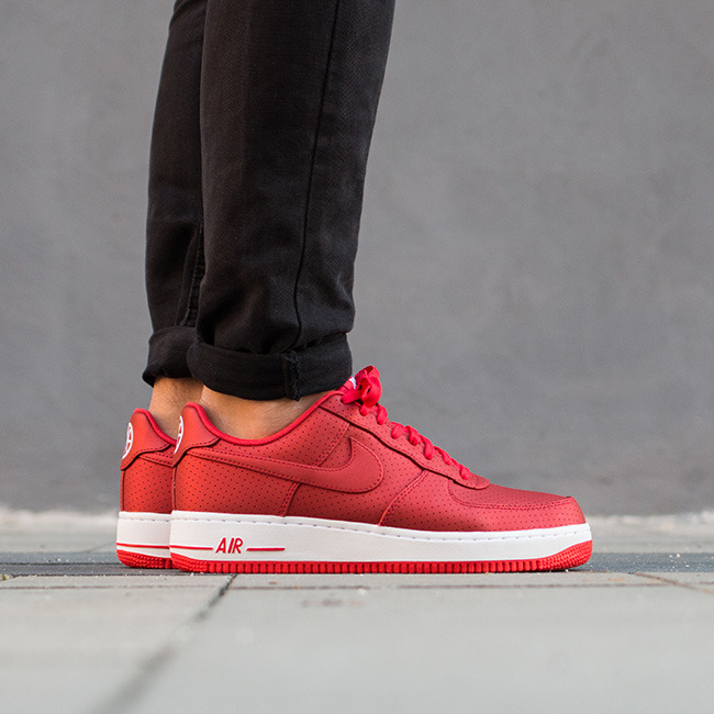 scarpe nike air force 1 07 lv8