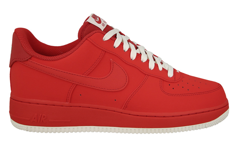 rote nike air force schuhe