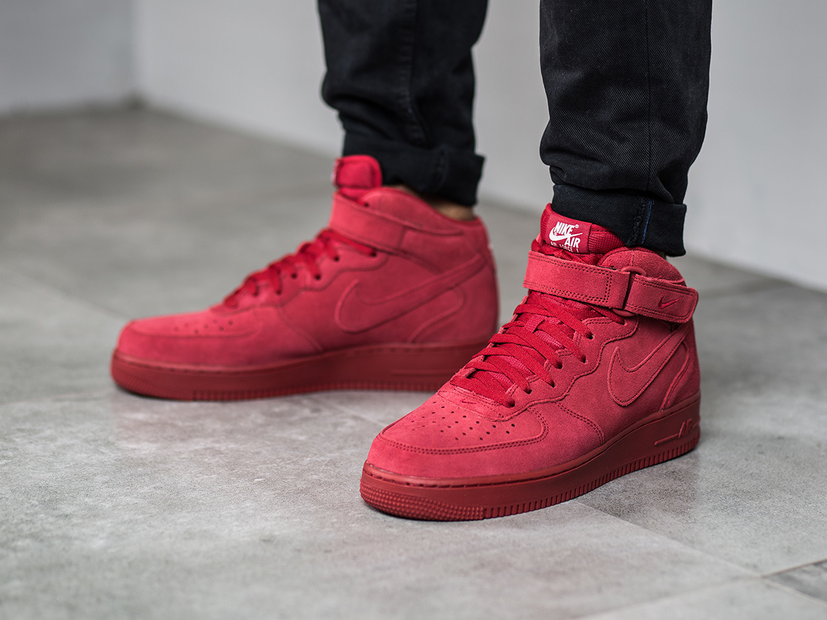 Mens Nike Air Force  Mid Basketball Shoes