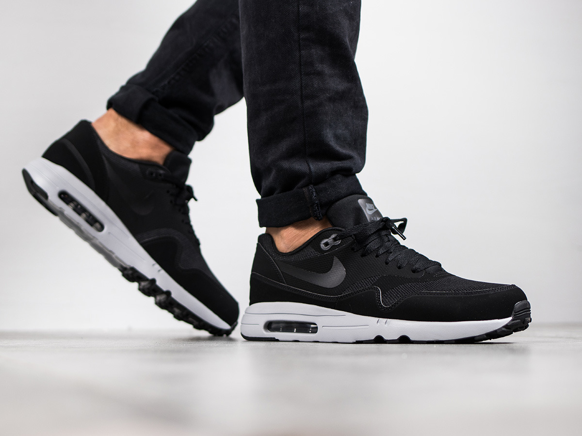 men 39 s shoes sneakers nike air max 1 ultra 2 0 essential. Black Bedroom Furniture Sets. Home Design Ideas