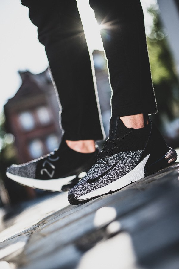 2018 Fashion Nike Air Max 270 Flyknit Mens Running Shoes