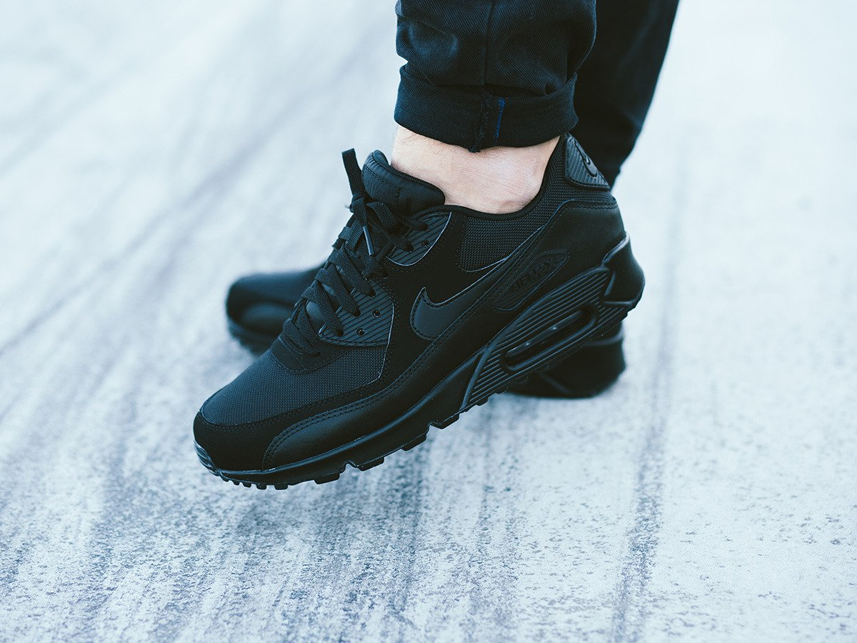 Men's Nike Air Max '90 Essential Shoes Shoes