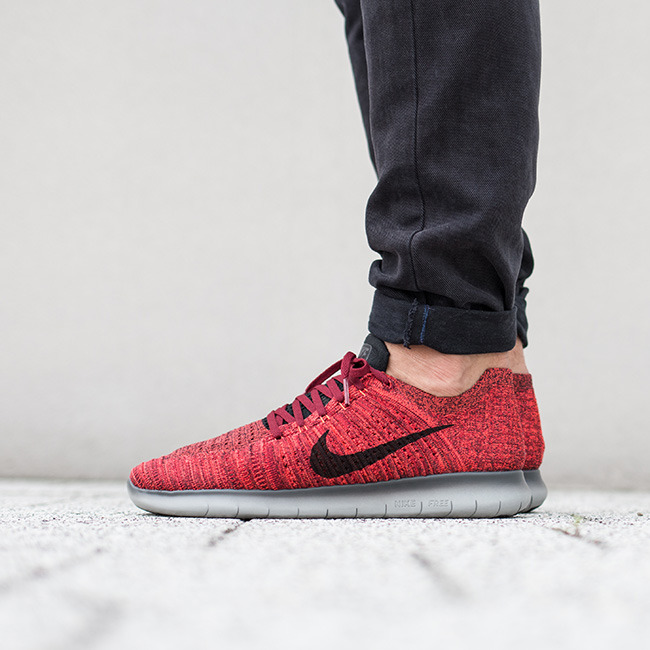 nike free rn flyknit with jeans