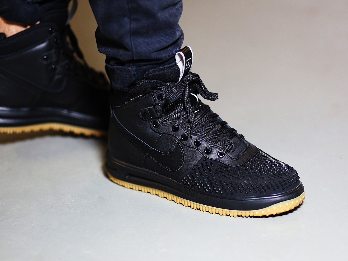 men 39 s shoes sneakers nike lunar force 1 duckboot 805899. Black Bedroom Furniture Sets. Home Design Ideas