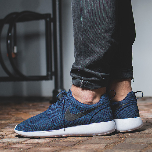 ... Men's Shoes sneakers Nike Roshe One 511881 405 ...