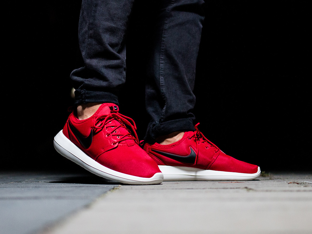Men's Shoes sneakers Nike Roshe Two 844656 600 - Best ...