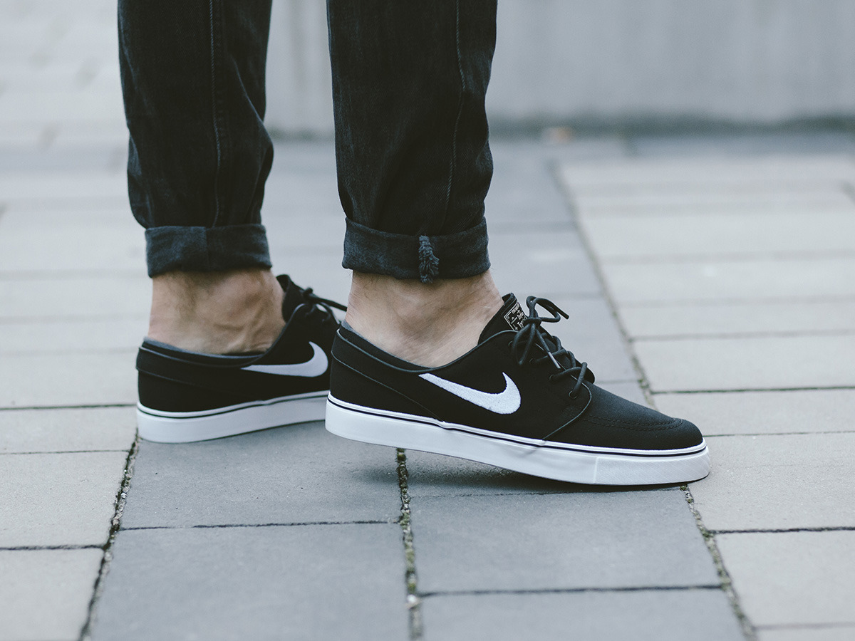 men 39 s shoes sneakers nike sb zoom stefan janoski canvas. Black Bedroom Furniture Sets. Home Design Ideas