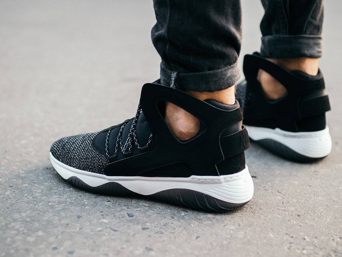 nike air huarache flight ultra