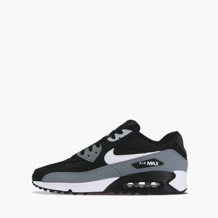black and white air max 90 essential