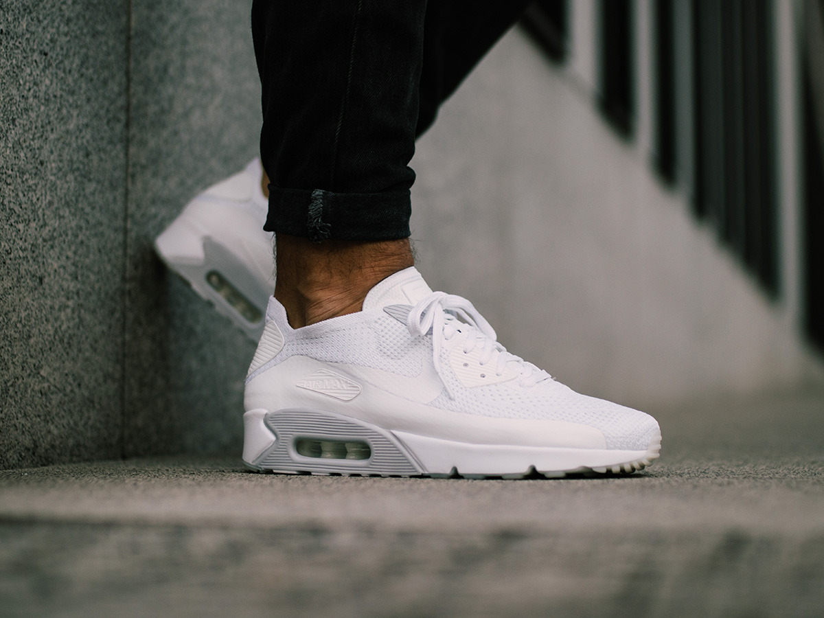 Nike Air Max 90 Ultra Essential Herren Sneakers