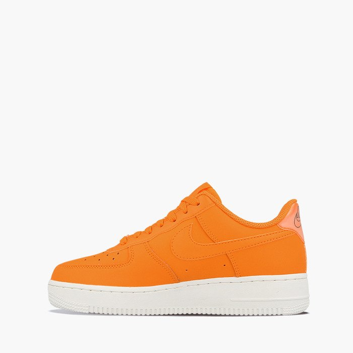 NIKE AIR FORCE 1 '07 LEATHER for £95.00 |
