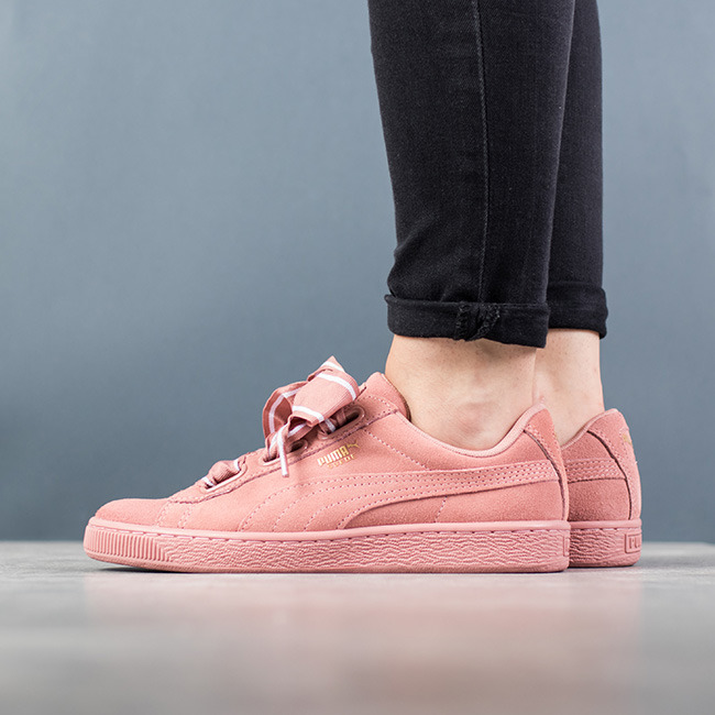 https://sneakerstudio.com/eng_pl_Puma-Suede-Heart-Satin-II-364084-03-13465_1.jpg