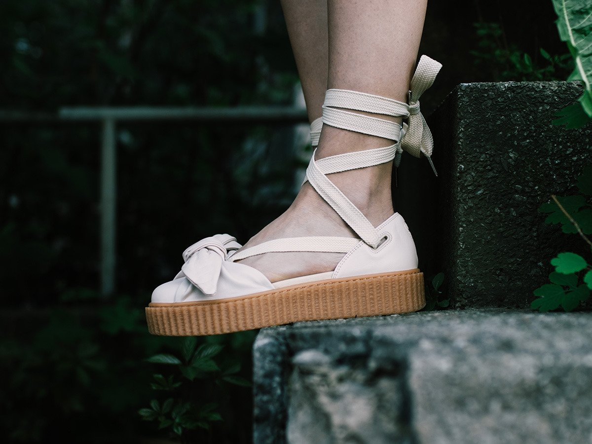 sneakers for cheap 6facb 11c28 Puma X Fenty Rihanna Bow Creeper Sandal 365794 02 - Best ...