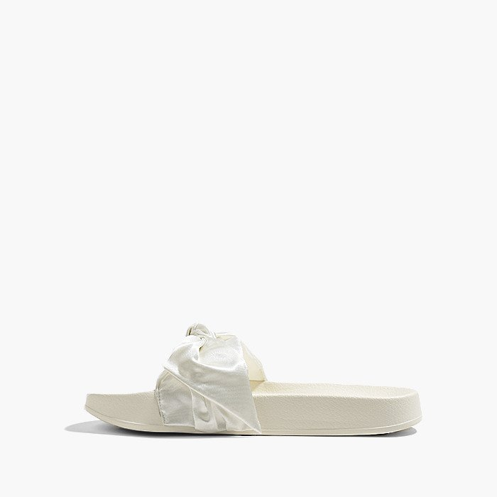 best website 1417b 60dea Puma x Rihanna Fenty Bow Slide 365774 02 - Best shoes ...