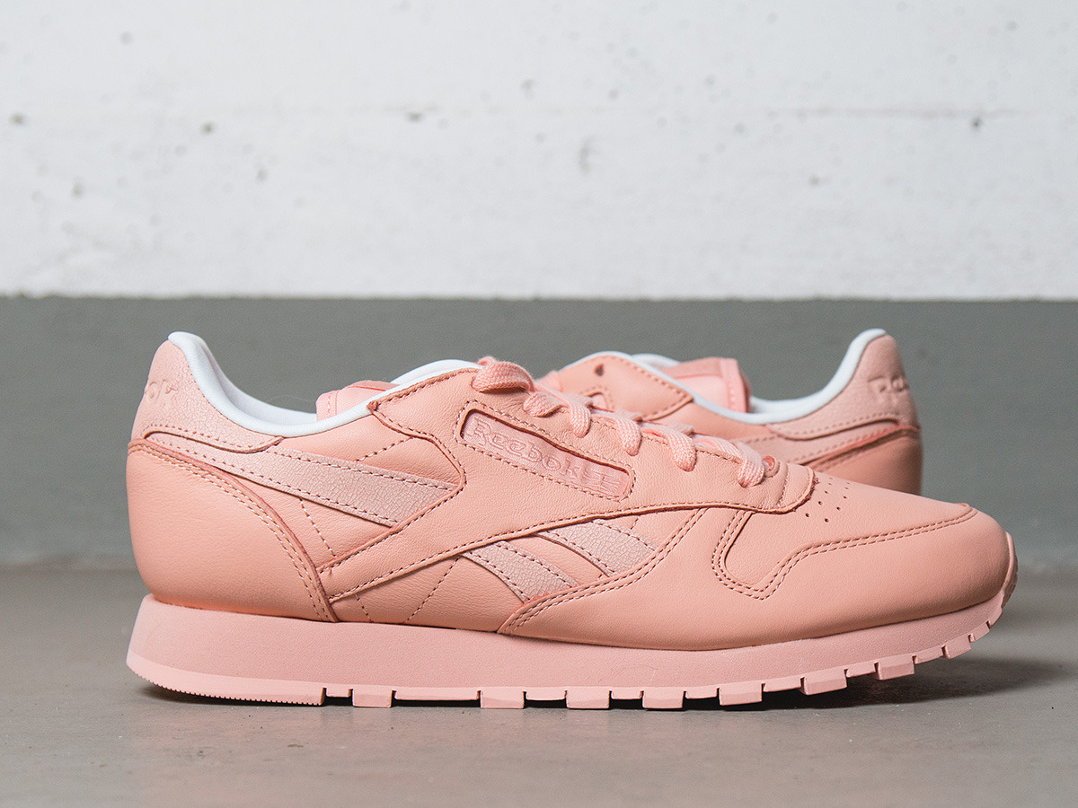pink reebok leather classic
