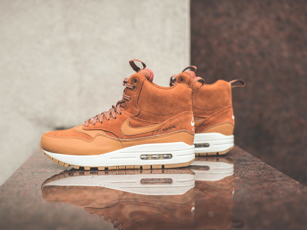 ... 200 WOMEN'S SHOES SNEAKERS WMNS NIKE AIR MAX 1 MID SNKRB 685267 ...