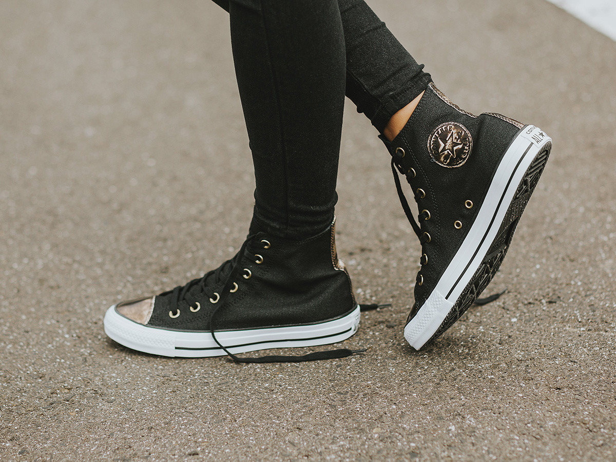 4eb8ff221fc4 converse brush off leather