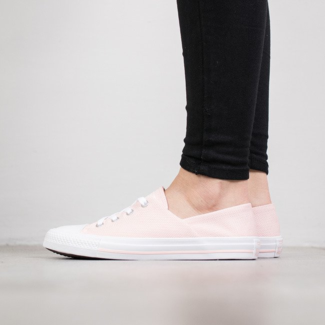 ... Women s Shoes sneakers Converse Chuck Taylor All Star Coral 555895C ... 810a1d08d