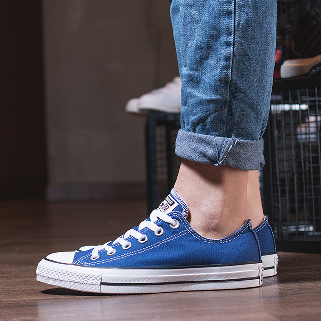 ... Women's Shoes sneakers Converse Chuck Taylor All Star OX Roadtrip  151177C ...
