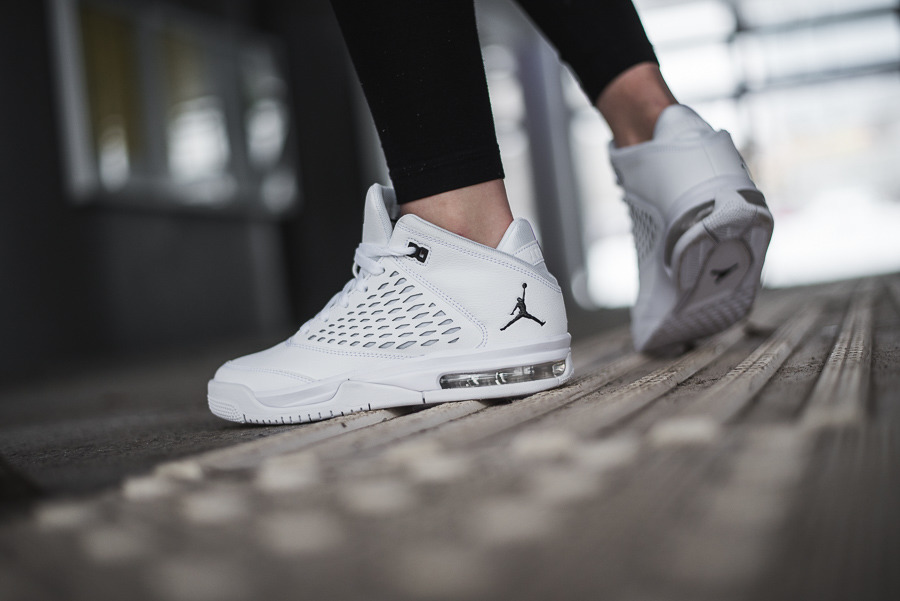 nike jordan flight origin 4 white