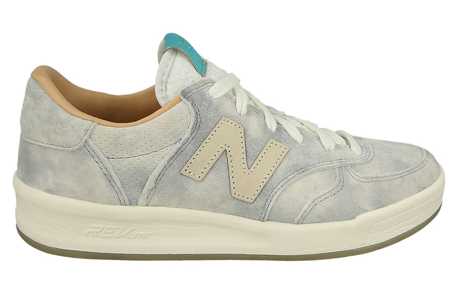 New Balance Women s Classics 300 Women s Grey Leather Sneakers In Size 37 Grey