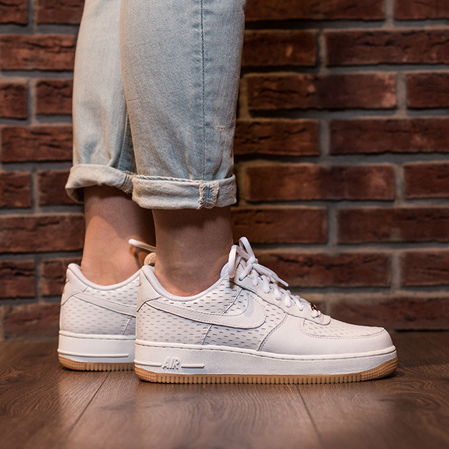 womens nike air force 1 '07 shoes