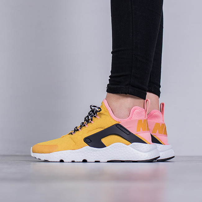 Womens Black Nike Air Huarache Shoe