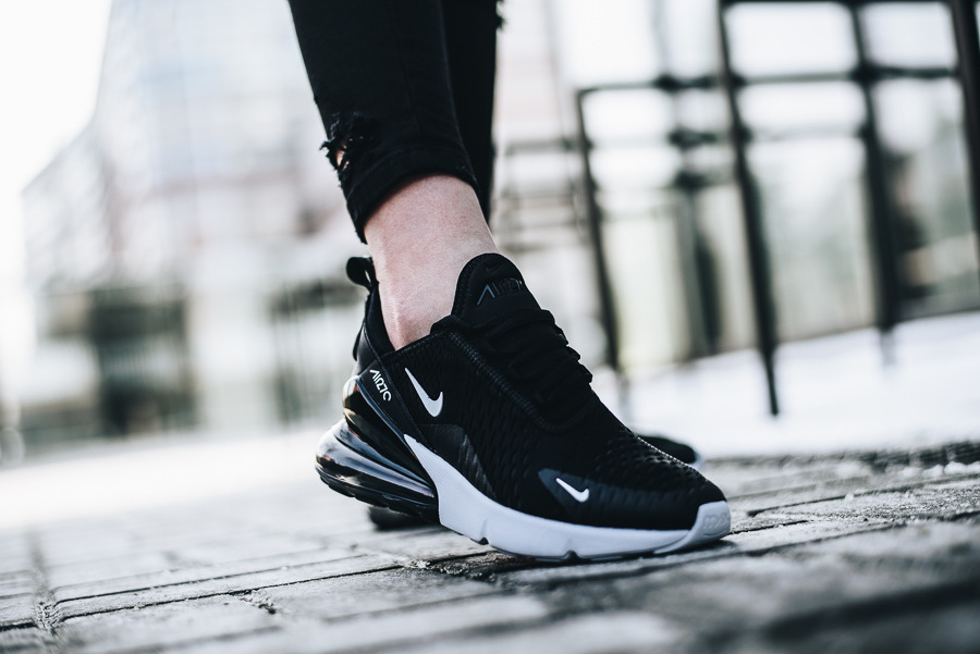 Women's Shoes sneakers Nike Air Max 270 943345 001 Best