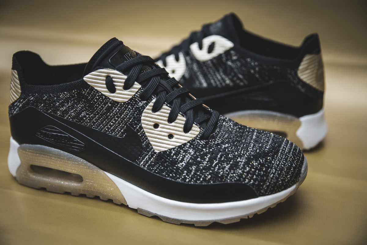 women 39 s shoes sneakers nike air max 90 ultra 2 0 flyknit metallic gold 881563 001 best shoes. Black Bedroom Furniture Sets. Home Design Ideas