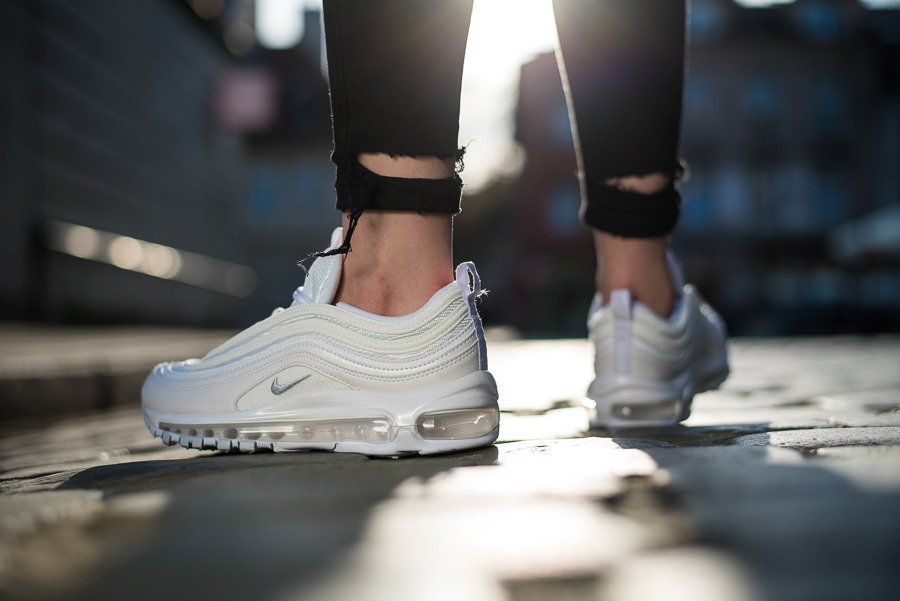 https://sneakerstudio.com/eng_pl_Womens-Shoes-sneakers-Nike-Air-Max-97-921733-100-15046_3.jpg