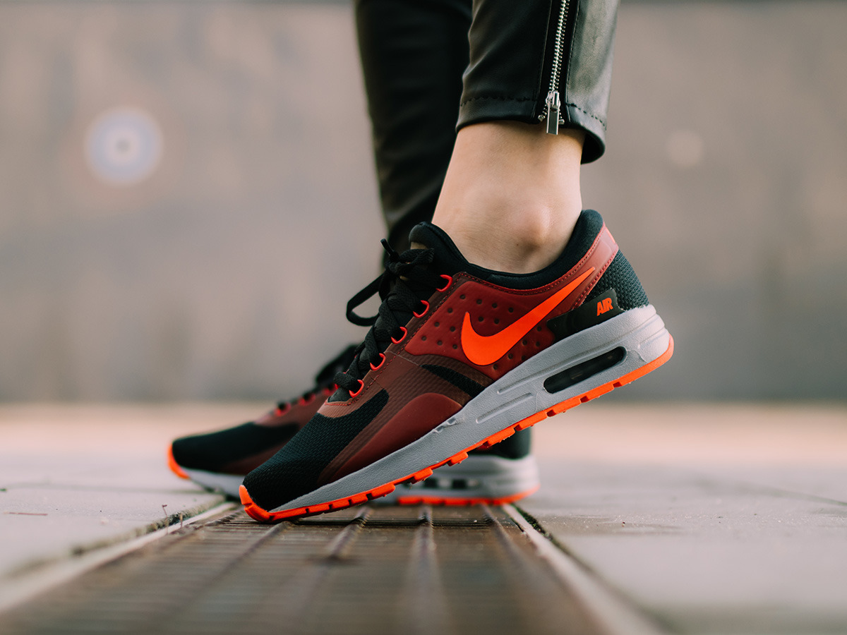 competitive price 8a809 27248 ... Women s Shoes sneakers Nike Air Max Zero Essential 881224 005 ...