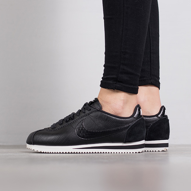 Nike Women Leather Cortez Black
