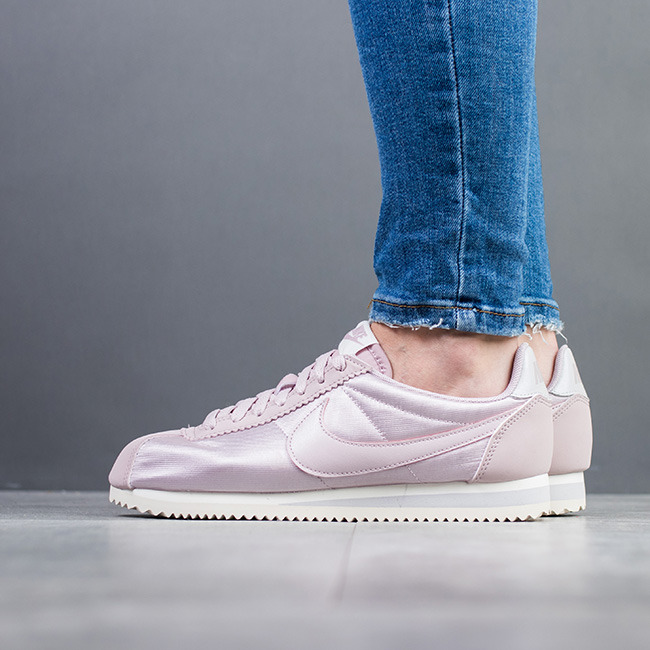 Women s Shoes sneakers Nike Classic Cortez Nylon 749864 605 - Best ... 32afe9d52