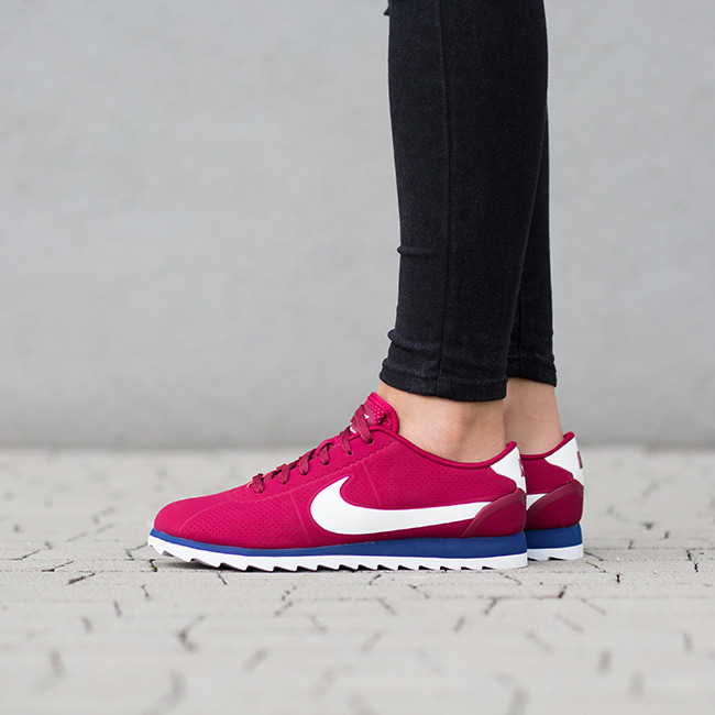 black nike cortez ultra womens