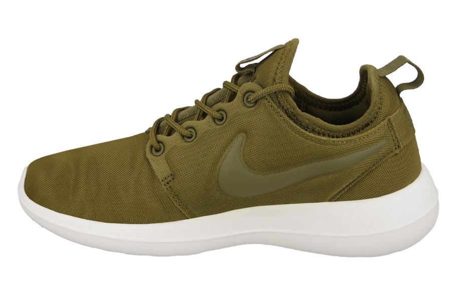 1704 Nike Roshe Two Women's Sneakers Shoes 844931-002