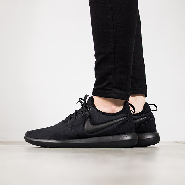 newest 1c75d 68b78 ... germany nike roshe two flyknit womens shoe. nike si 26a70 c4c3b