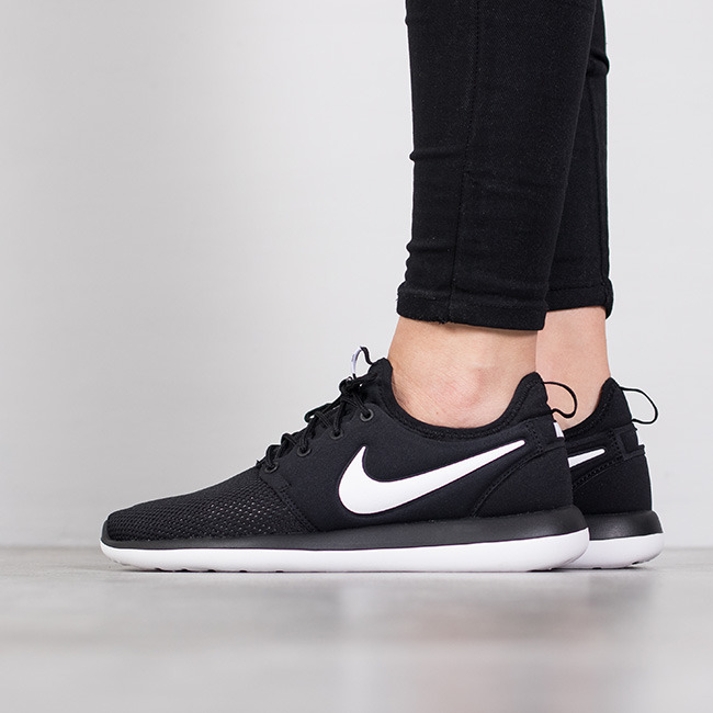 new style 558c3 d4178 ... sale womens shoes sneakers nike roshe two gs 844653 005 c9162 19b7c