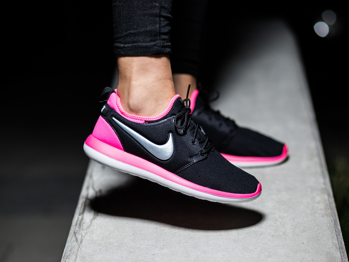 women 39 s shoes sneakers nike roshe two gs 844655 001. Black Bedroom Furniture Sets. Home Design Ideas