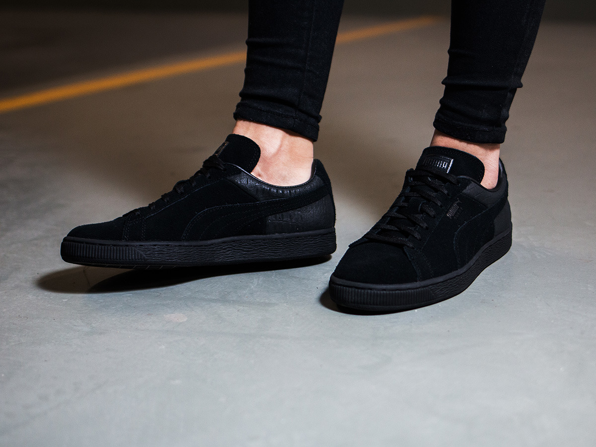 women 39 s shoes sneakers puma suede classic casual emboss 361372 01 best shoes sneakerstudio. Black Bedroom Furniture Sets. Home Design Ideas