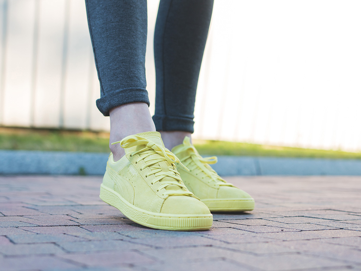 ... Women's Shoes sneakers Puma Suede Classic Casual Emboss 361372 07 ...